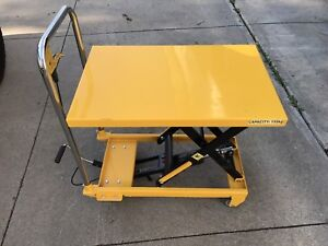 New hydraulic lift table