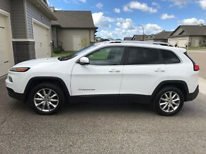 2014 White Jeep Cherokee Limited