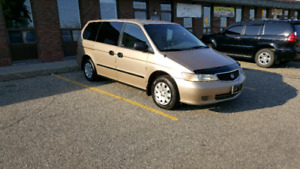 2001 Honda odyssey !!!!Good  km !!!CLEAN CAR RUNS GOOD !!!