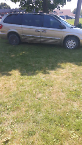 Chrysler Town and Country  (parts)