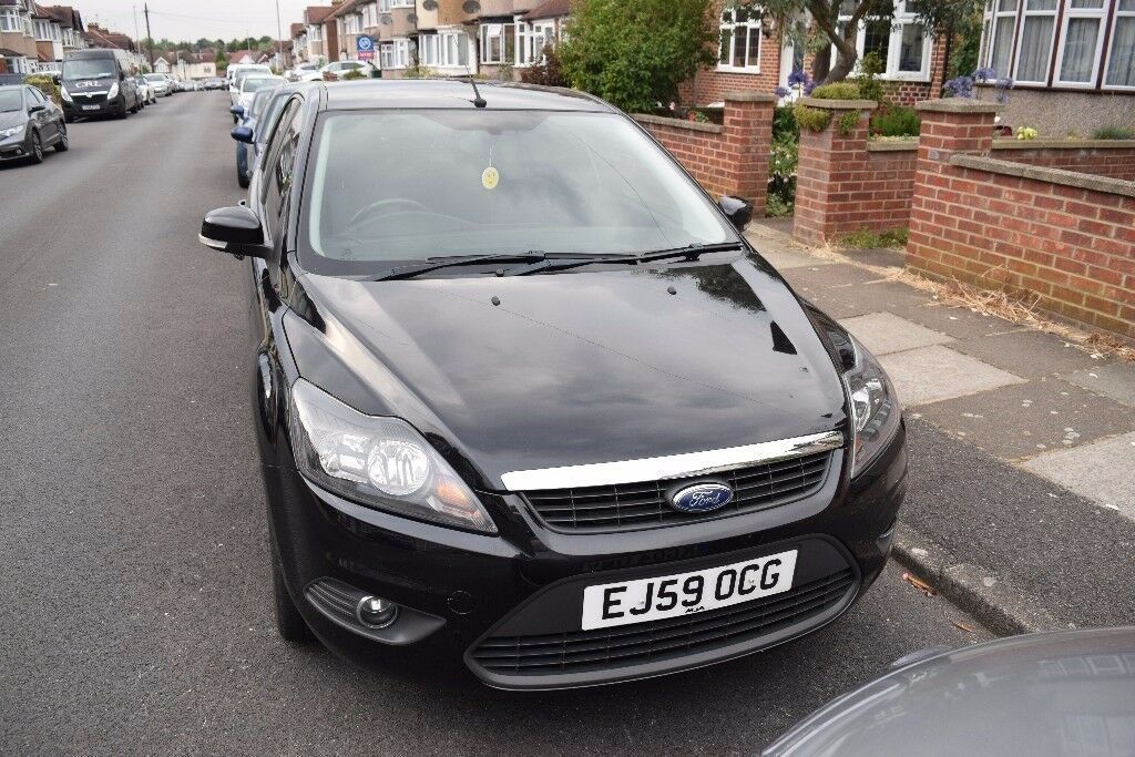 Ford Focus 1.6 Petrol ZETEC 5dr MOT Till March
