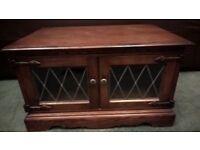 Old Charm Oak Tv Cabinet