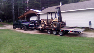 Flat bed trailer and lift truck service