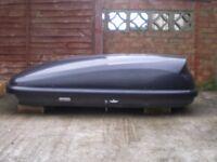Roof Box (470L large capacity)