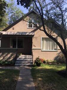3 BR Renovated Character House amazing location!