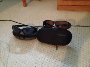 Oakley sun glasses with free pair of Coocoons