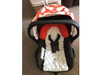 Cosatto Giggle car seat