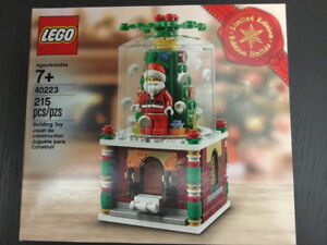 Lego Seasonal Exclusive Limited Edition Snowglobe (40223)