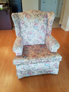 Single chair (Sofa) up for sale