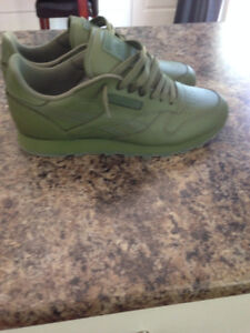 Reebok Classic Leather Gorge Green sz 11 nmd boost air max
