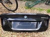BMW E90 boot lid b