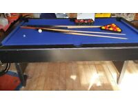 Pool table for sale. 1M X 1.8.