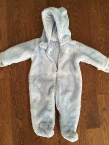 Carter's fleece suit 6 months