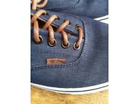 VANS Trainers / Skate Shoes UK9 (ERA 59 Denim) £25
