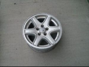 R16 Nissan rim