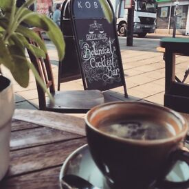 Experienced barista/bartender shift manager required