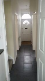 Great Bright 3 Rooms avaiable in Easton Includes All Bills and WIFI