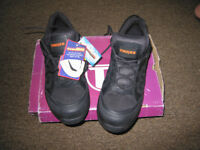 Men's black TROJAN safety trainers Size 12/47 BRAND NEW UNWORN