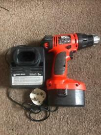 Black and decker drill - 14.4 volts with charger and one battery included