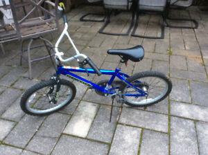 Kids SuperCycle Clutch BMX Style Bike