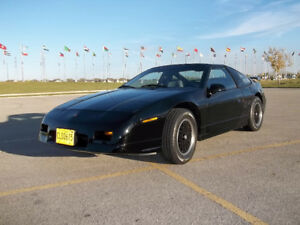 Low Mileage 1988 Pontiac Fiero GT w/Rare CJB T-Tops!