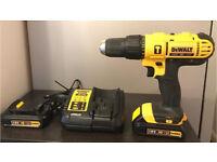 !!BRAND NEW!! DeWalt DCD776 2-Speed Combi Hammer Drill, 2 x Batteries &a Charger