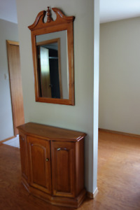 Maple Wood Side Console & Scrolled Mirror set