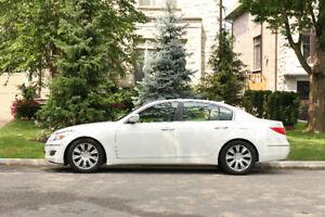 2011 Hyundai Genesis Sedan Technology 3.8L V6