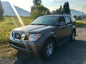 2006 Nissan Pathfinder Loaded SUV, Crossover