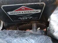 Briggs & Stratton 4HP Rotovator. 187CC 4 stroke engine. 4 Rotovator blades
