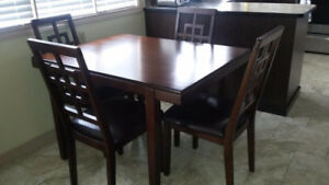 Table and chair set - chocolate brown