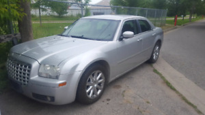 NICE LOADED 2006 CHRYSLER 300 SEDAN!! COME DRIVE IT HOME TODAY!!