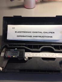 Digital calliper