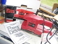 Power Devil PDX4s Orbital Power sander.