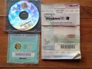 Microsoft Windows 98 with licence + key + book