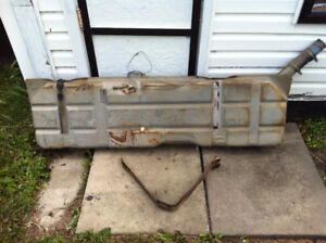 1963 Chevy C10 Gas tank - including straps