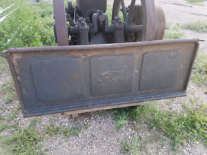 1942-50 Ford truck tailgate