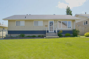 6407 134 Ave - Main Floor - Bright and Spacious!!