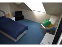 Rooms To Let/ To Rent - Ideal for Contract Workers.