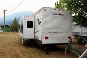 2006 Cherokee 27Q  by Forest River