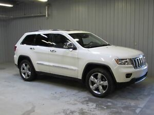 Jeep Grand Cherokee Overland 4WD *5.7 LITRES*