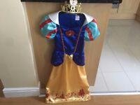 Girls Disney Snow White Costume with Tiara