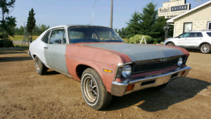 1971 Nova 4 SPEED 2 door