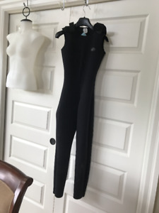 MEC wet suit kids size 16