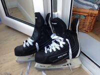 Ice hockey skates size 3-4
