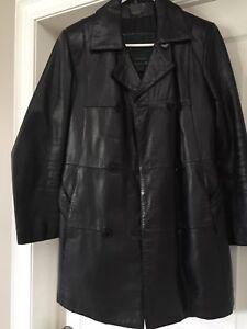 Ladies 3/4 length Danier Leather Jacket