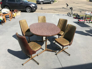 Antique Arborite Kitchen Table and Chairs