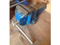 Record no 6 engineering vice - opens to 8 inches - made in England