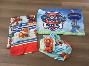 Twin set Paw Patrol bed sheets