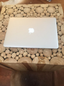 """MacBook Pro Retina 13"""" Excellent Condition Purchased in 2016"""